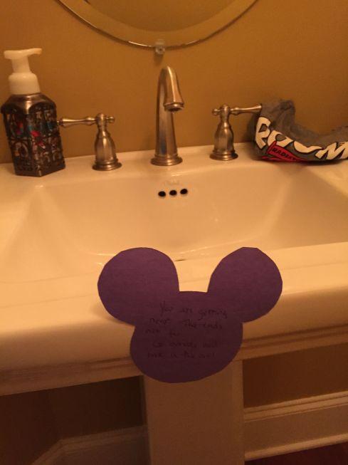 DisneyScavengerHunt1